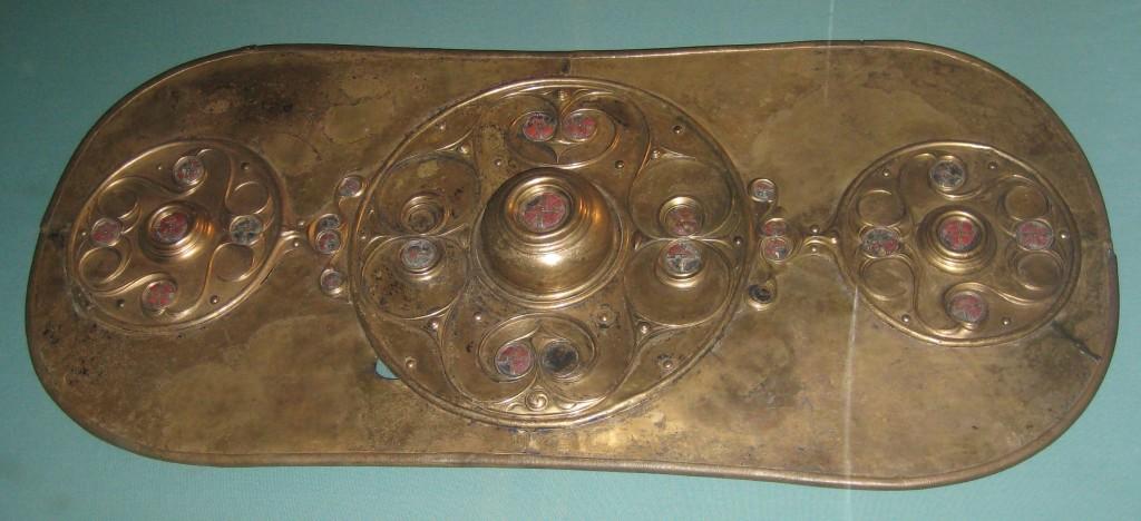 Tarcza z Battersea, jedno z najważniejszych dzieł sztuki celtyckiej znalezionych w Wielkiej Brytanii. (fot. BabelStone na licencji Creative Commons CC0 1.0 Universal Public Domain Dedication)