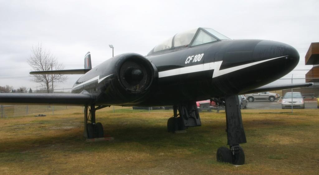 CF-100 Canuck Mk. 3 w malowaniu identycznym z malowaniem prototypowego CF-100 numer 18101; fot. Bzuk, domena publiczna