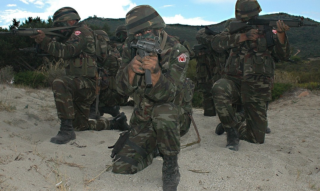 Turkish_troops