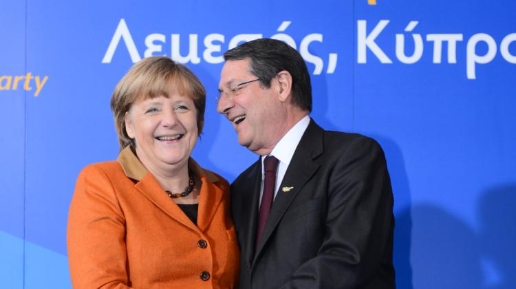 Angela_Merkel_(9307209432)