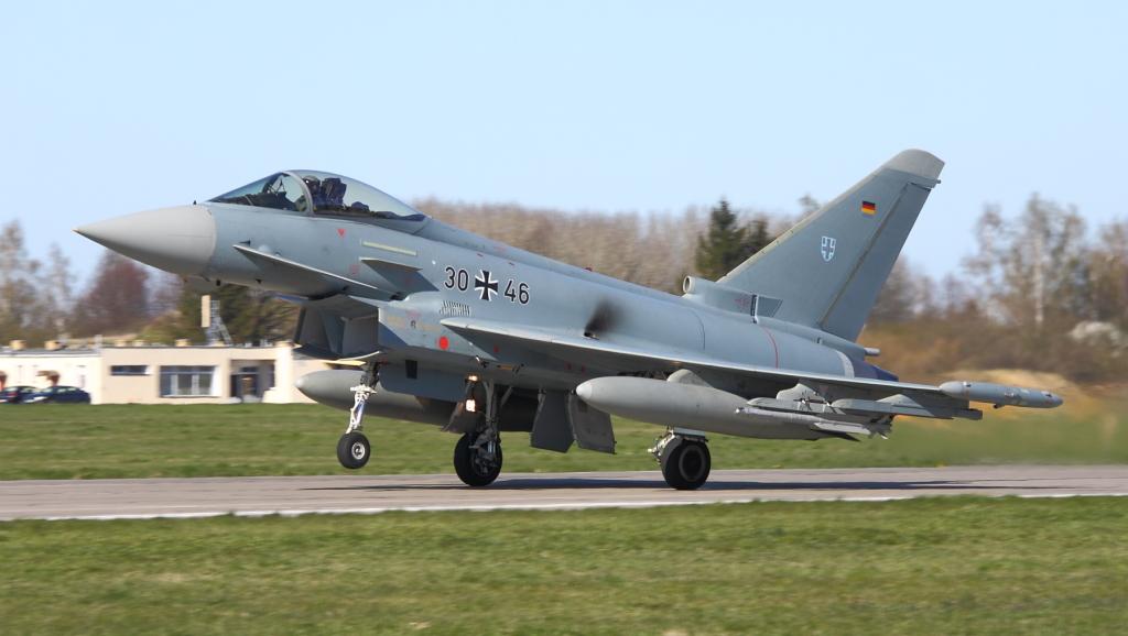 W Malborku pojawiły się dwa niemieckie myśliwce: jednomiejscowy 30+46 (GS031)…