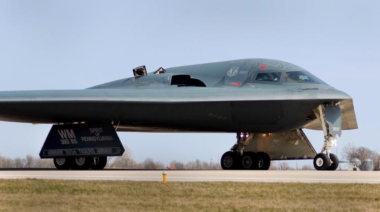 B-2 crews prepare for mission