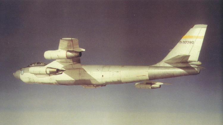 b-47flybywire