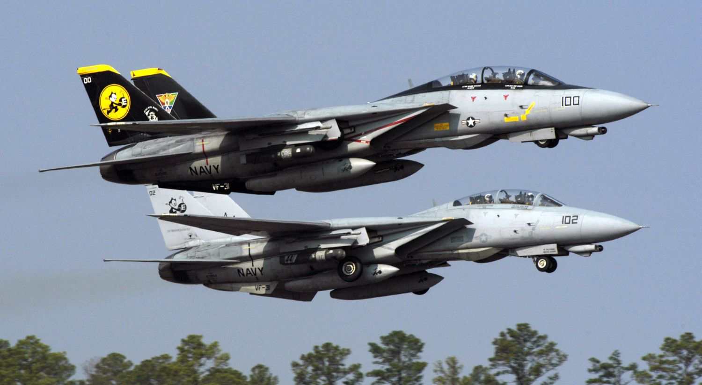 "Para F-14D z eskadry VF-31 ""Tomcatters"" startuje z Naval Air Station Oceana (fot. US Navy / National Archives and Records Administration)"