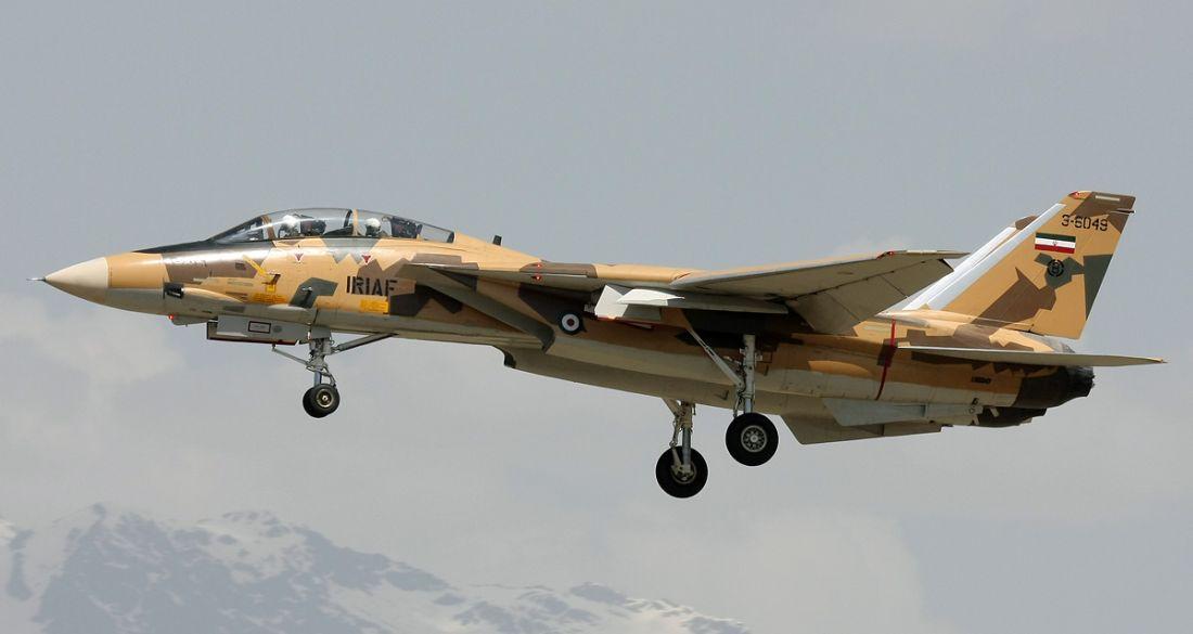 Irański F-14A podchodzi do lądowania (fot. Shahram Sharifi,  GNU Free Documentation License 1.2)