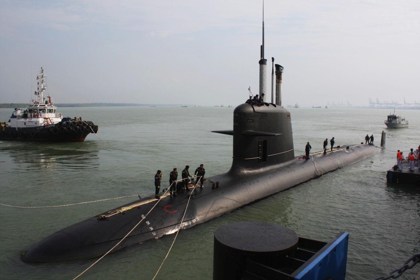 nowe okręty podwodne | Tunku Abdul Rahman, malezyjski okręt typu Scorpène (fot. Mak Hon Keong, Creative Commons Attribution-Share Alike 3.0 Unported)
