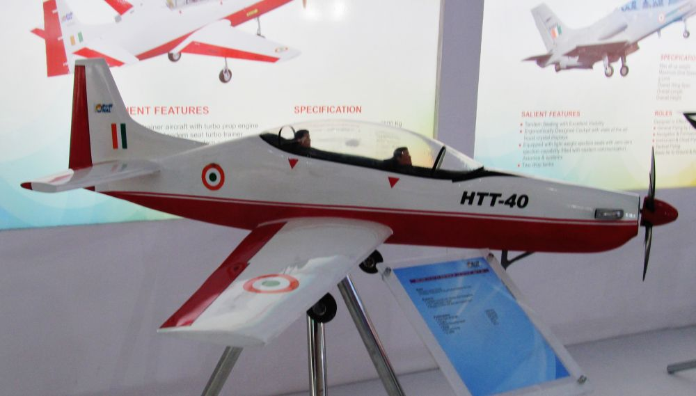 HAL HTT-40