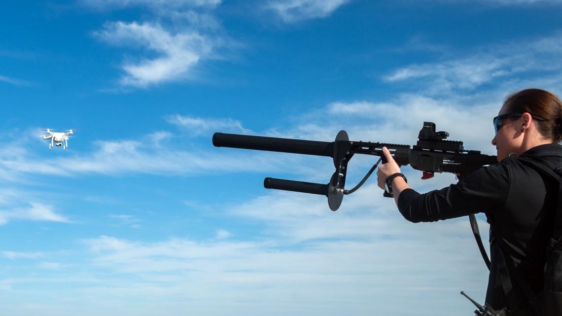 Broń przeciwko dronom