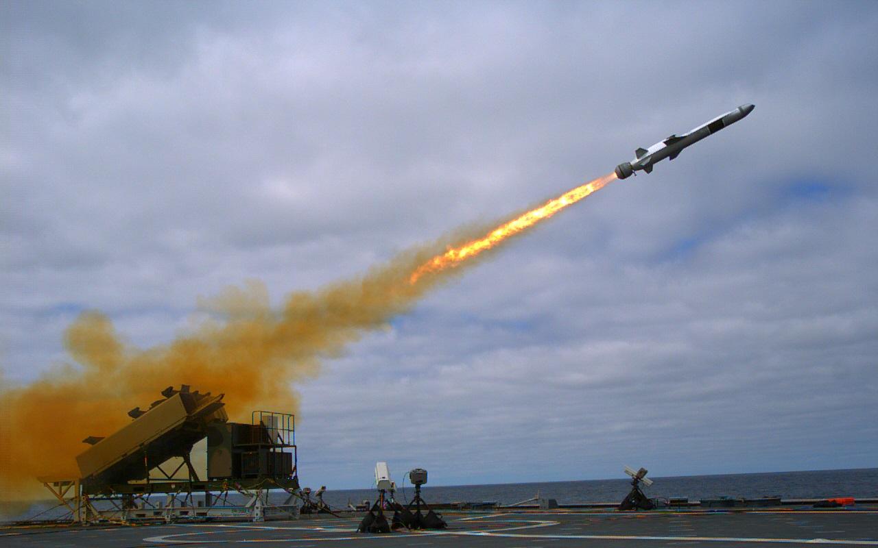 23 września 2014 roku. Odpalenie pocisku z USS Coronado (LCS 4) (fot. US Navy / Mass Communication Specialist 2nd Class Zachary D. Bell)