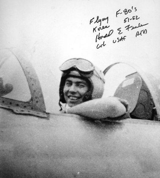 Harold Fischer w kabinie F-80