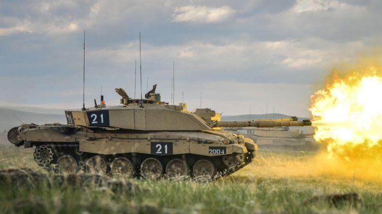 Challenger 2 Tank Firing at BATUS