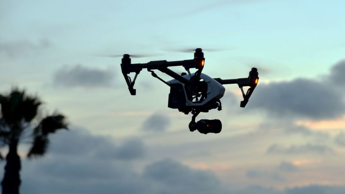 drony zagrożeniem dla samolotów
