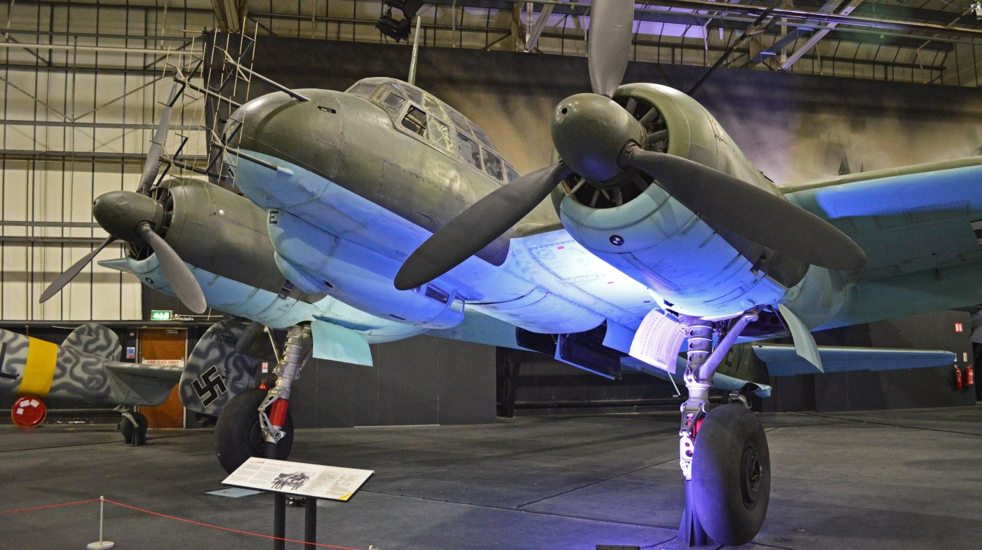 Junkers Ju 88R-1 w Royal Air Force Museum London; maszyna ta trafiła w ręce Brytyjczyków w maju 1943 roku (fot. Alan Wilson, Creative Commons Attribution-Share Alike 2.0 Generic)