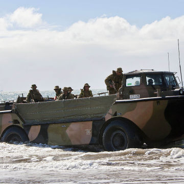 Australian_Army_LARC-V_in_2013