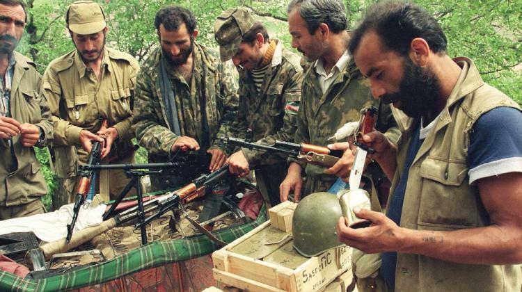 Azerbaijani_soldiers_during_Nagorno_Karabagh_war