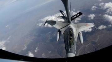 pierwsze tankowanie rumuńskich F-16
