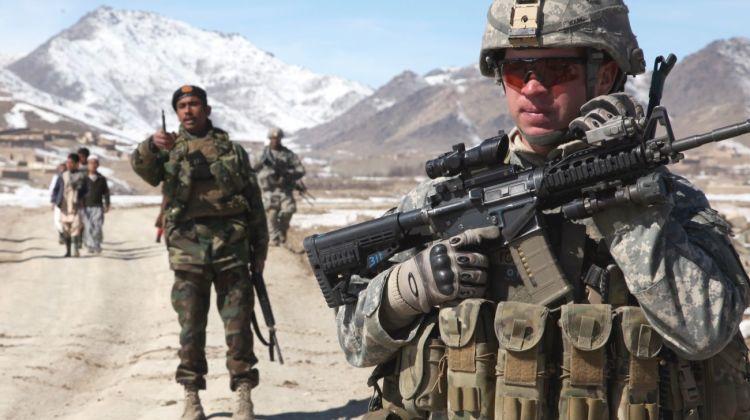 Rywalizacja Indii i Pakistanu w Afganistanie martwi USA
