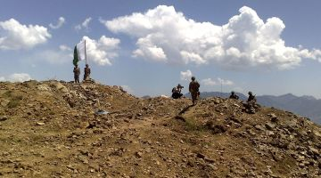 Pakistani_soldiers_in_Swat_-_Flickr_-_Al_Jazeera_English