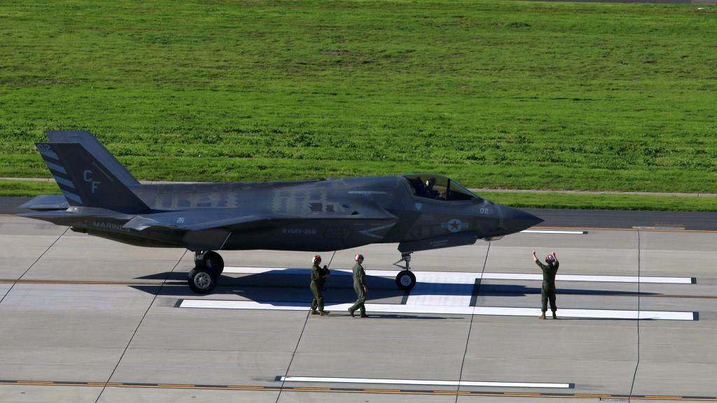 Eskadra F-35B uziemiona z powodu kłopotów z ALIS   Konflikty.pl