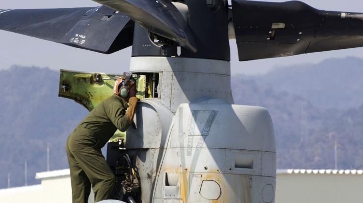 Awaryjne lądowanie MV-22 i F/A-18C USMC w Japonii   Konflikty.pl
