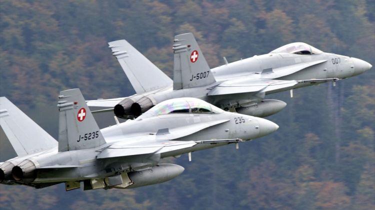 Nowe szwajcarskie myśliwce coraz bliżej | Konflikty.pl