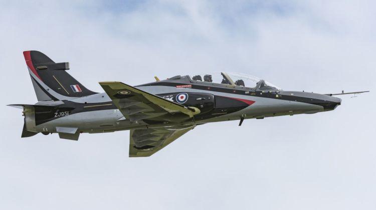 Advanced Hawk wykonał pierwszy lot