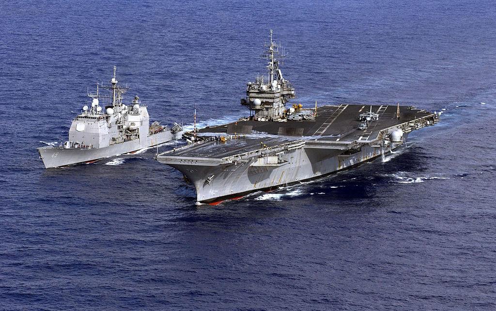 US Navy powrót USS Kitty Hawk i fregat | Konflikty.pl