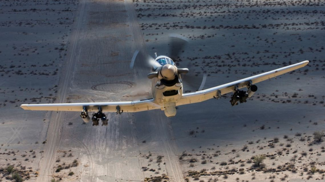 A-29, AT-6 i Scorpion gotowe na wstępne próby przed OA-X | Konflikty.pl