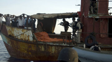 US_militaries_seized_suspected_pirates