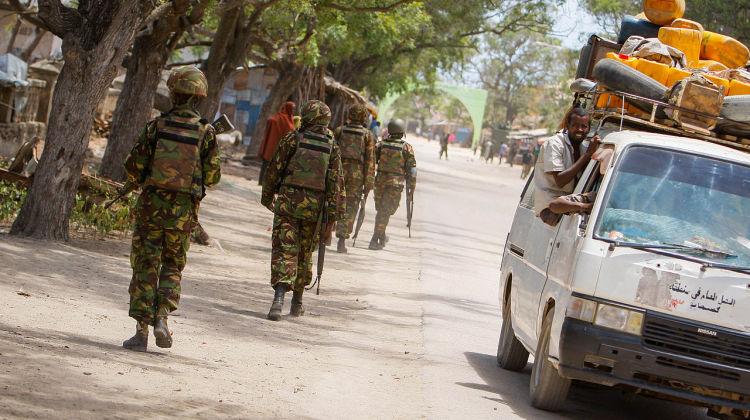 2012_1007_Kismayo_Streets_Civilians_p-1_(8071439481)