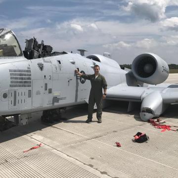 A-10 awaryjne lądowanie