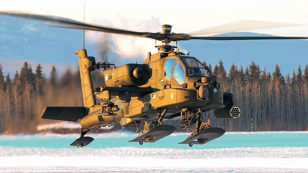 AH-64_Apache_conducting_pilot_certification_training_Fort_Wainwright