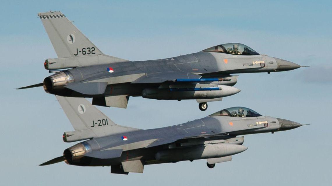 Luchtmachtdagen_2011_Royal_Netherlands_Air_Force_(6188801862)
