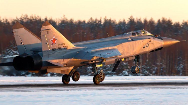 Mikoyan-Gurevich_MiG-31BM,_Russia_-_Air_Force_AN2238403