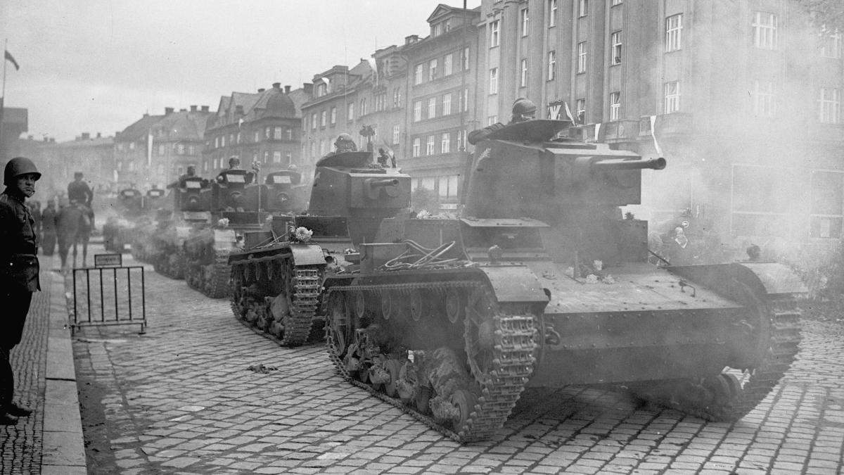 Polskie czołgi w Cieszynie Zachodnim.