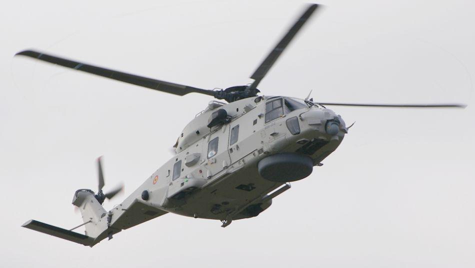 Jednym z niewielu śmigłowców na tych pokazach był belgijski NH90. Maszyny te zajęły miejsce Sea Kingów. Wykorzystywane są również w roli śmigłowców pokładowych, mogą wypełniać zadania ratunkowe i zwalczania okrętów przeciwnika. (fot. Natalia Hypś, Konflikty.pl)