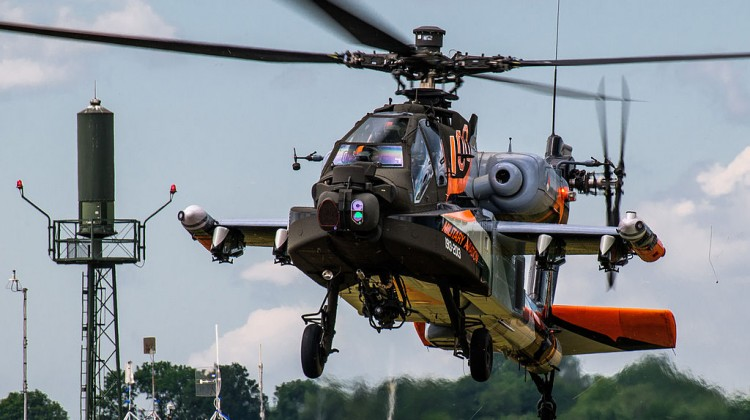 1024px-Helicopters_NL_Air_Force_Days_(9357596384)