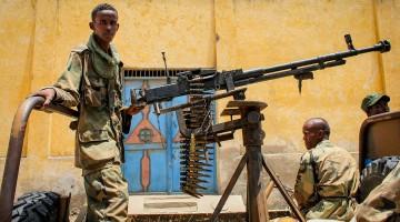 2012_1007_Kismayo_Streets_Civilians_g_(8071427914)