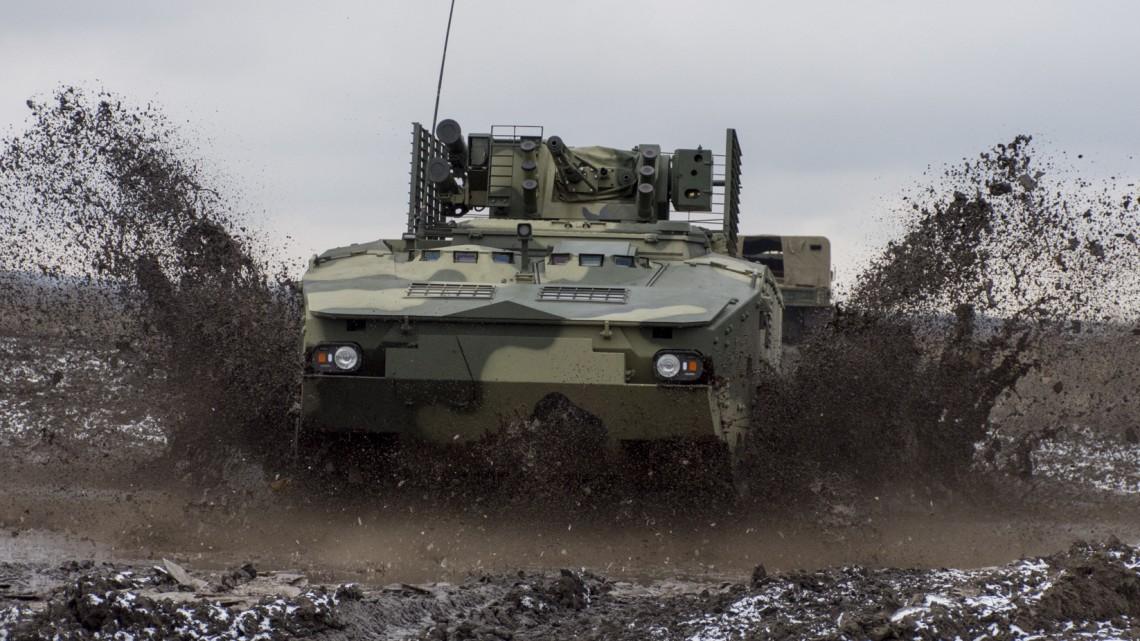 BTR-4MW1 przeszedł testy w terenie | Konflikty.pl