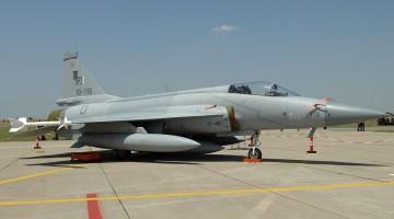 Pakistan_JF-17_Thunder,_Pakistan_-_Air_Force_JP7136023