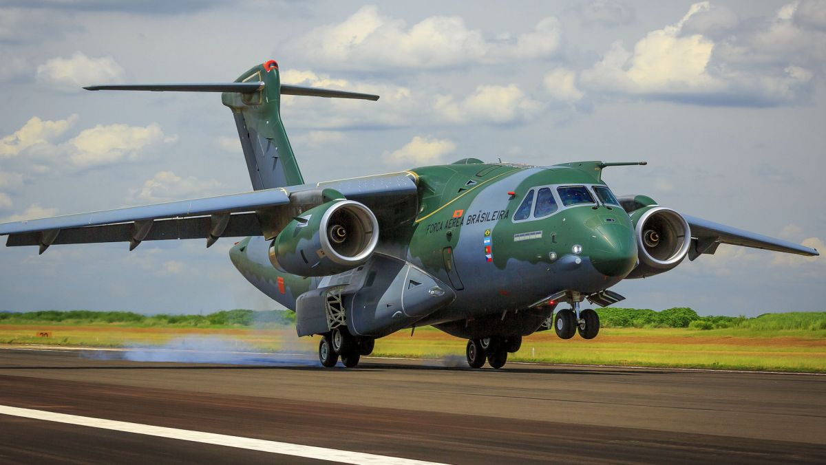 KC-390  (fot. Força Aérea Brasileira)