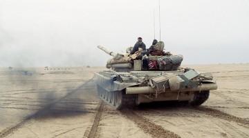 1280px-T-72,_Operation_Desert_Storm