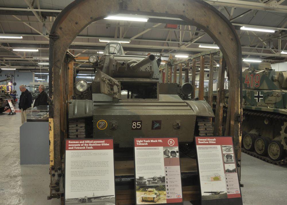 Zachowany w zbiorach Tank Museum Mk VII CS; pojazd eksponowany jest w oryginalnych pozostałościach szybowca Hamilcar
