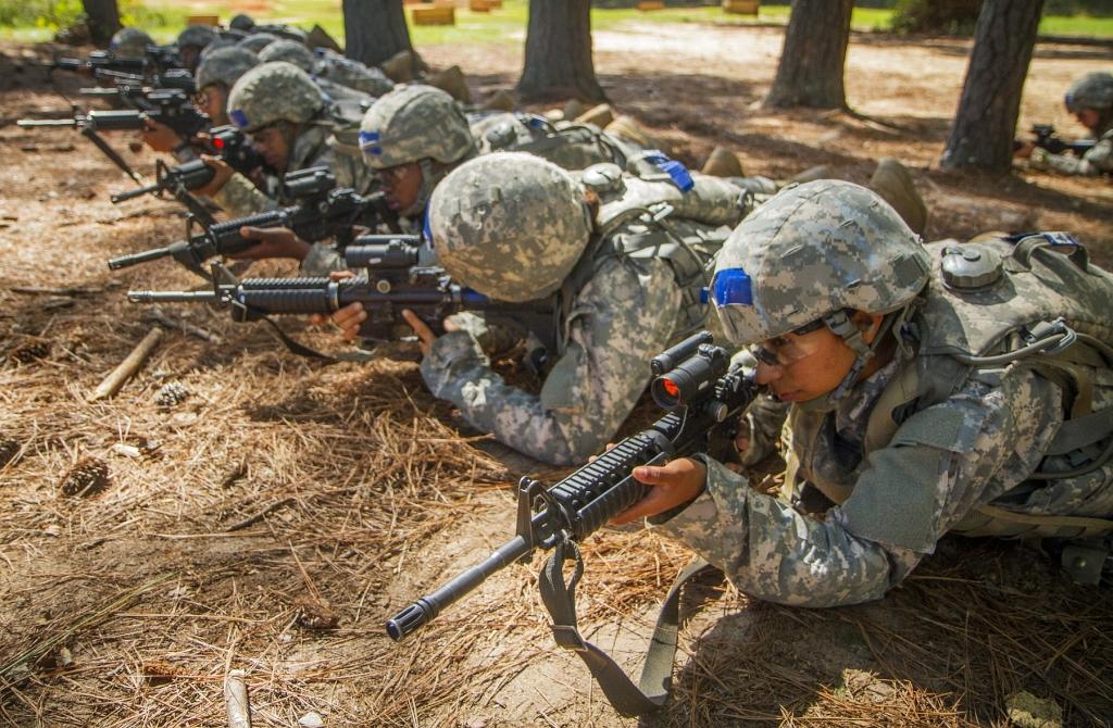 Szkolenie strzeleckie szeregowców US Army w Fort Jackson (US Army / Sgt. Ken Scar)