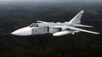Sukhoi_Su-24_inflight_Mishin-3