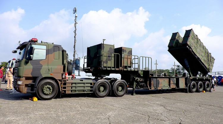 ROCN_Hsiung_Feng_II_&_Hsiung_Feng_III_Anti-Ship_Missile_Launchers_Truck_Display_at_Zuoying_Naval_Base_Ground_20151024