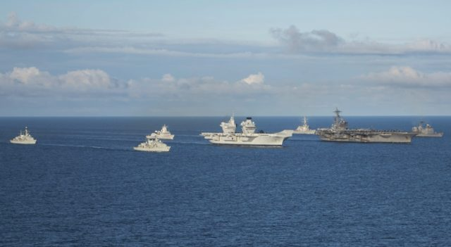 Philippine Sea (CG 58), Bush (CVN 77), Cook (DDG 75), Queen Elizabeth (R08) oraz Helge Ingstad (F 313), Westminster (F 237) i Iron Duke