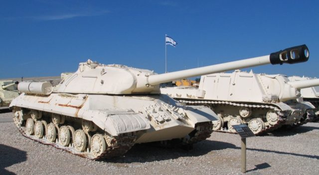 Egipski IS-3 zdobyty w czasie wojny sześciodniowej i eksponowany obecnie w muzeum Jad la-Szirjon