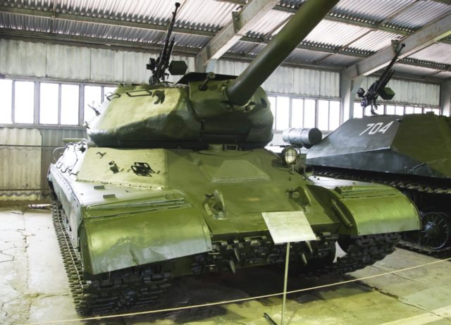 IS-4 w muzeum w Kubince