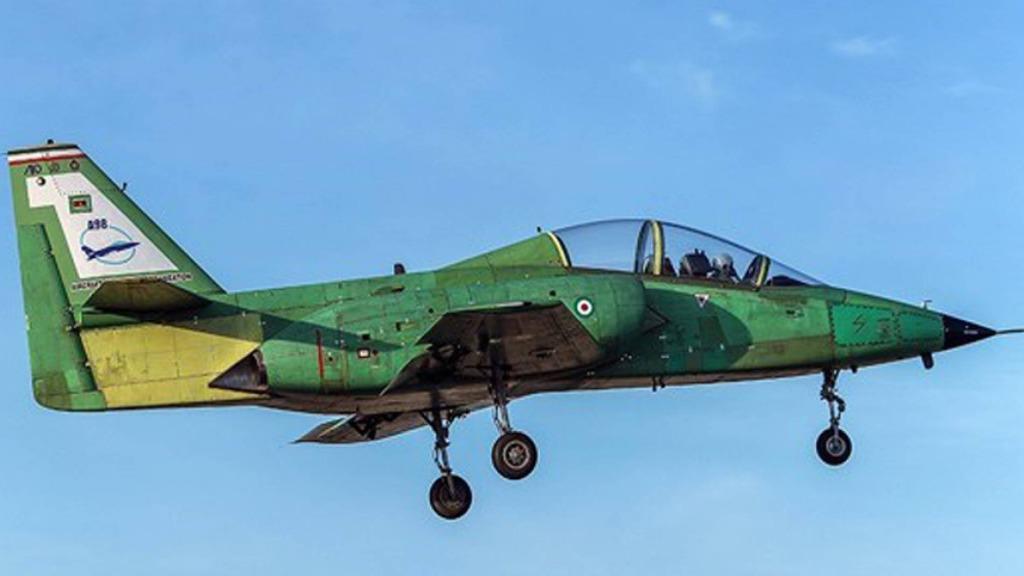 Pierwszy lot irańskiego samolotu szkolno-treningowego Jasin